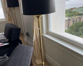 2 Large pole lamps