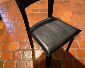 comfortable leather chairs
