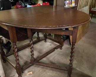Gateleg table with barley twist legs