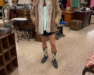 Vintage clothes - Thanks local model