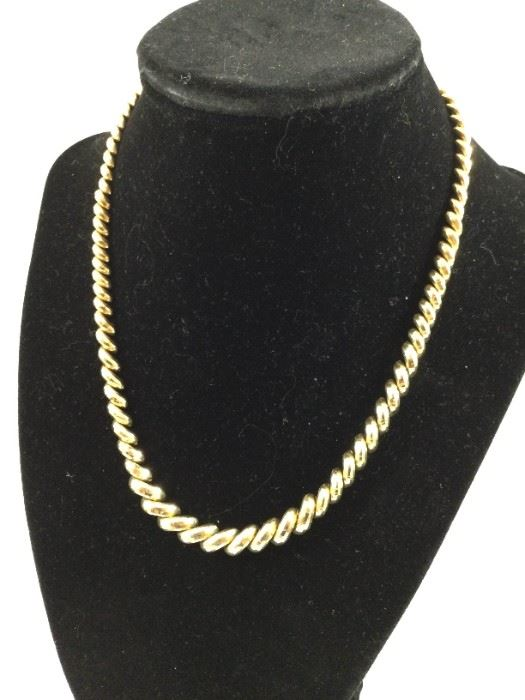 14k Gold 17in Macaroni Link Necklace