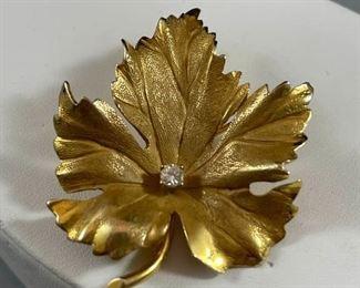 14k Leaf Pin with Diamond