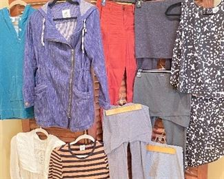 Cabi clothes XS and S