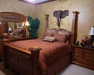 Queen Bedroom Set.