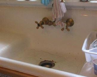 vintage kitchen farm sink
