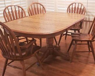 Vintage Dinaire Oak Table & Chairs