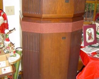 Leslie speakers and oil lamps