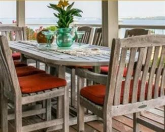 Teak Smith&Hawkens outdoor Table & 8 chairs
