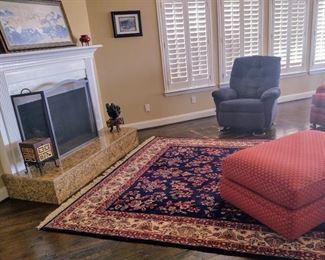Large area rug, blue Lazyboy recliner