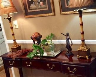 Console Table/Lamps