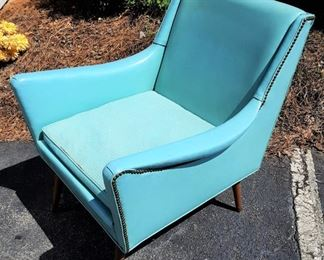 MID CENTURY TURQUOISE CHAIR