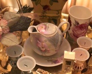 Sweet Tea Pot