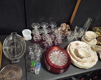 Lots of Vintage Glassware
