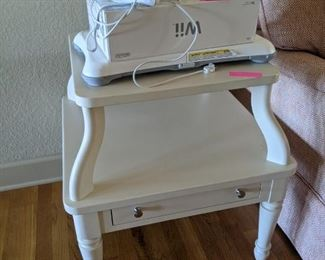 New french provincial style endtable $85.00. Wii with all $ 65