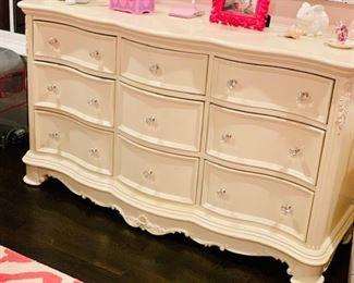 Bedroom Set 2  Cream Bureau wJeweled Handles