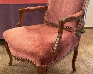 VINTAGE FRENCH STYLE ARM CHAIR