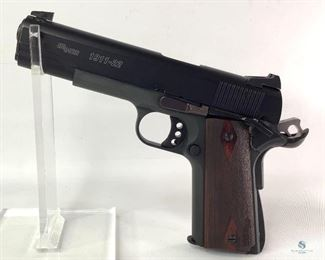 SIG SAUER 1911-22 .22 LR Pistol Very Nice. SIG 1911-22 Chambered in .22 LR. Comes with Hard Case and One Magazine. Skelatonized Trigger and hammer. Shipping to Licensed FFL Dealer only. Notes Very good condition Shipping (Yes or No) Yes - To licensed firearms dealers only.