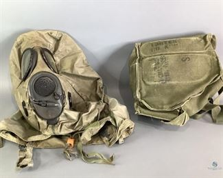Vintage Military Gas Mask in Bag M6A2 Unique Gas Mask has 84 MSA 2E27 On Front. Bag has markings but cannot make out.