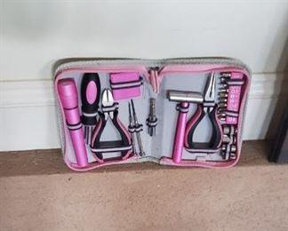 Women's tool set