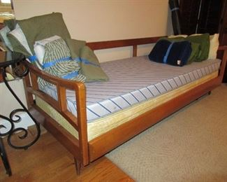 MCM Trundle Bed