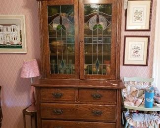 Arts and Crafts Cabinet Circa 1900 with Stained Glass front. Nice.