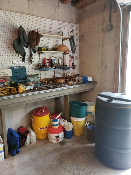 Workshop tools and containers