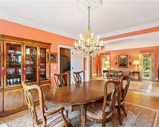 Beautiful Dining Room Table and matching China Cabinet