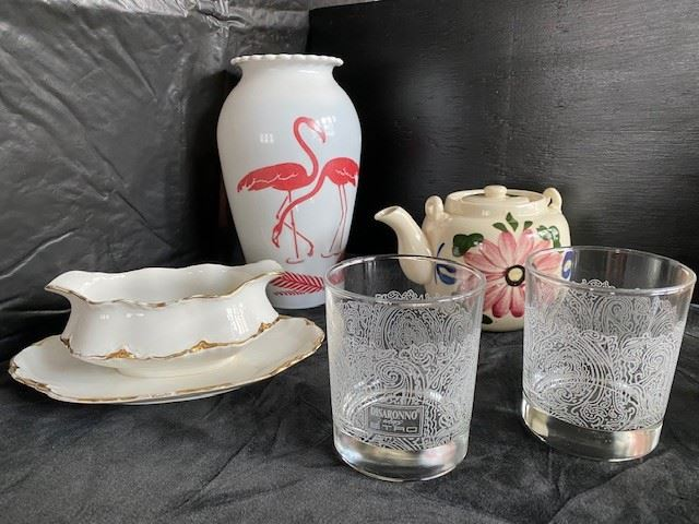 Example of miscellaneous glass items