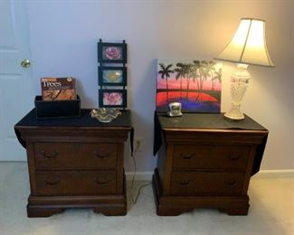 Broyhill Bed Side Tables