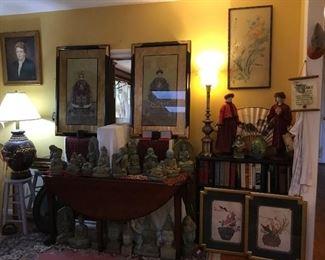 Full house - full of quality decor!