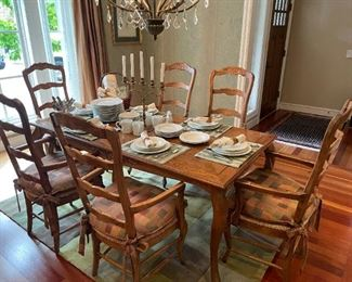 Oak Dining Table w/6 Rattan Seat Chairs & Pads, Louvre by Bernardaud 55 Piece Set Fine China & Green Checked Area Rug!