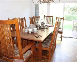 Kincaid Oak Dining Table with 10 Chairs