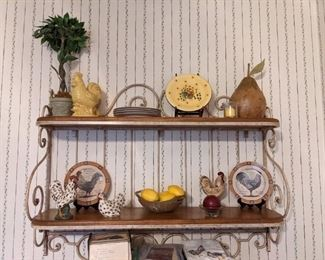 Tons of vintage rooster items!