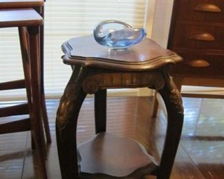 SMALL CARVED TABLE OR PLANT STAND