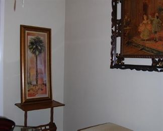 MAGAZINE TABLE AND FRAMED PRINT