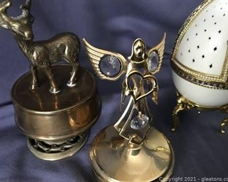 Unique Music Boxes Angel 24k Gold Plated with Crystals Solid Brass Deer Nativity Scene in Egg when Opened