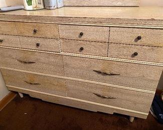 Project dresser