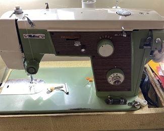 Fleetwood vintage sewing machine
