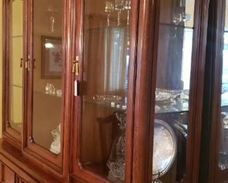 China cabinet lighted with storage