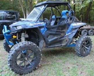 2017 Polaris Highlifter 1000 Rzr Side by Side - Has Audio Roof w/Blue Tooth - 1,162 Miles