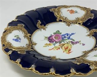 Meissen Porcelain B Form Royal Blue and Gold Scalloped Cabinet Plate Set (2)