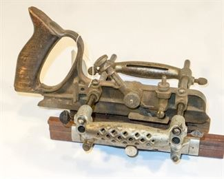 Sargent Combination plane with one cutter