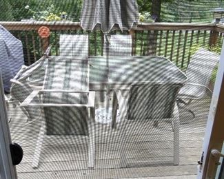 Patio table 6 chairs umbrella and stand $125