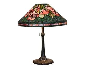 10. Tiffany Style Table Lamp With Leaded Glass Shade