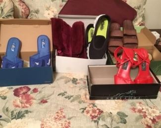 Shoes - sizes 6-8