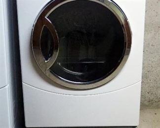 GE Electric Dryer, Model DCVH640EJ0WW
