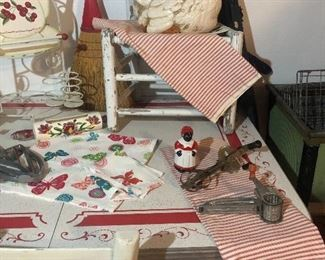 Enamel top table  Pillow ticking cases Large Hen