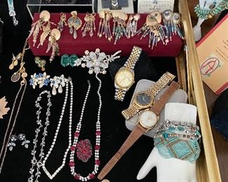 Lots of custom made jewelry, signed, .925. Brighton, Vintage Fendi womens watch, custom made pieces from Cuba, Monet. Swarovski crystals and more.. :)
