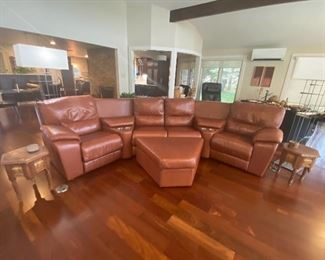 Pallisers Leather Sectional and Ottoman with Cupholders!