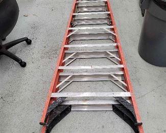 """Ais049 Werner Metal Ladder 10'-2"""""""